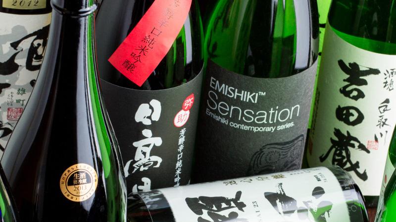 獺祭や田酒etc・・・人気銘柄も揃う豊富な日本酒