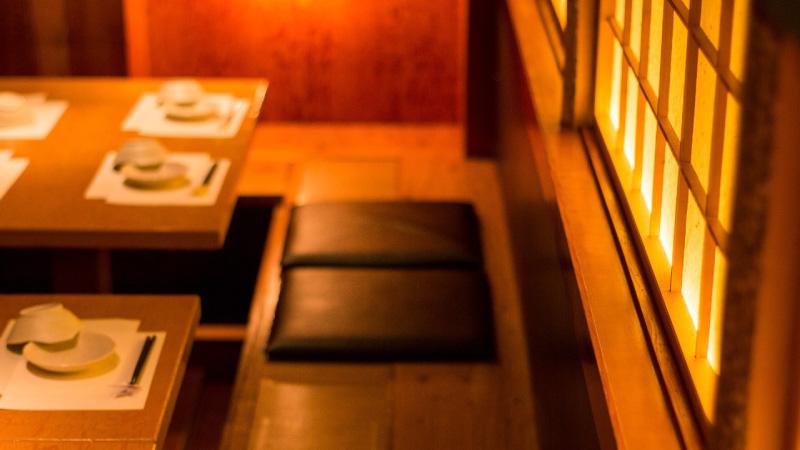 明るいテーブル席【2~6名様用 個室】