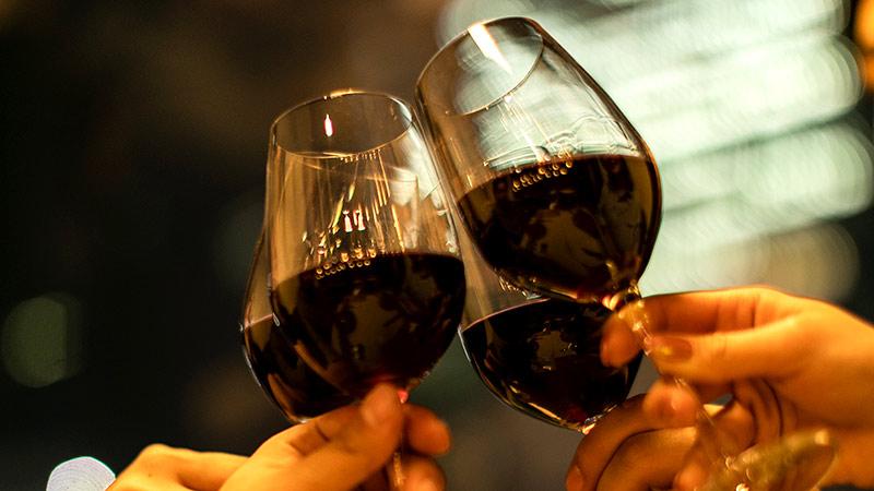 各コースにプラス2,000円で、スパークリングもボトルワインも獺祭も・・・90種以上が飲み放題!