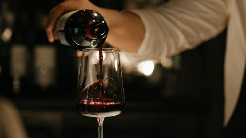 一緒にお届けするから楽々!赤白スパークリングワイン