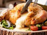 SNSで話題の伸び~るアリゴチーズを堪能する!新メニュー『一羽丸ごと!ローストチキンのアリゴチーズ詰め』